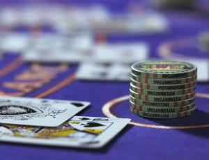 Blackjack (10)