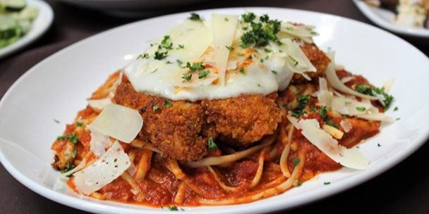 Chicken-Parmesan-at-Firekeepers-Restaurant