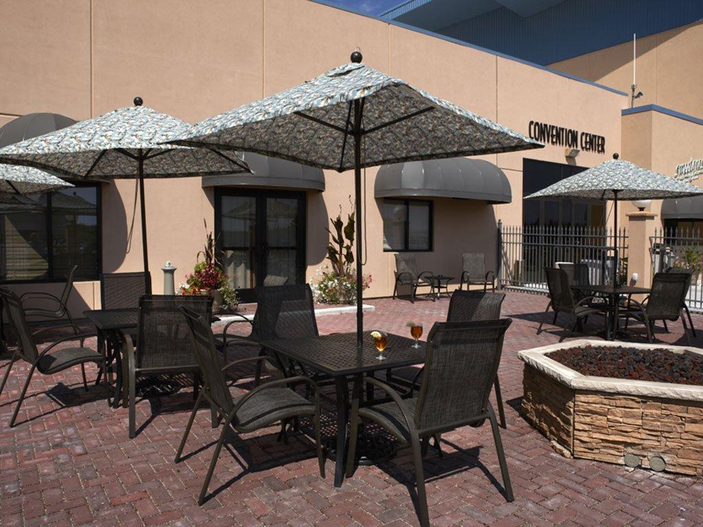 Convention Center - Courtyard